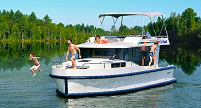 The Sports Enthusiast - Le Boat Ownership Programme